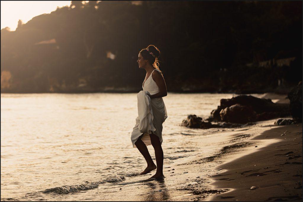 Mariage au Rayol Canadel mariée coucher soleil plage rayol