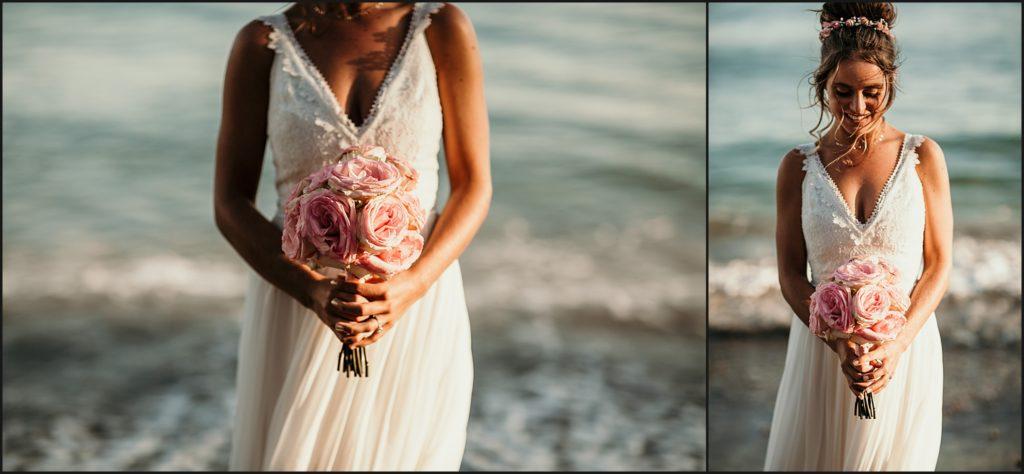 Mariage au Rayol Canadel bouquet de la mariée devant la mer