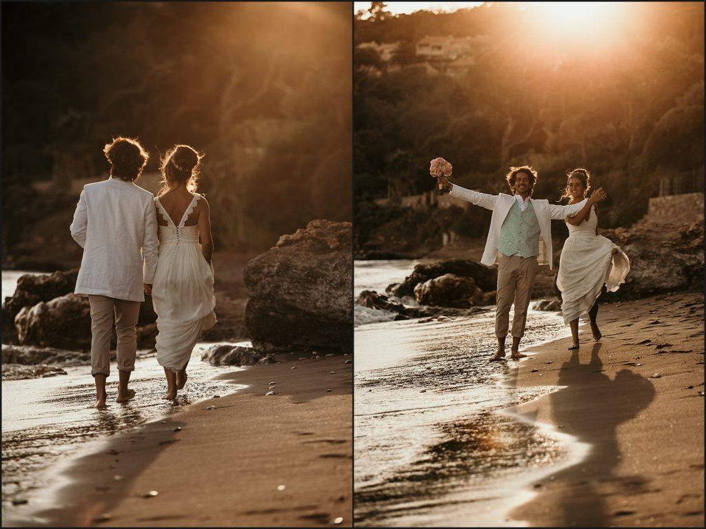 Mariage au Rayol Canadel mariés marchent sur la plage du rayol coucher de soleil