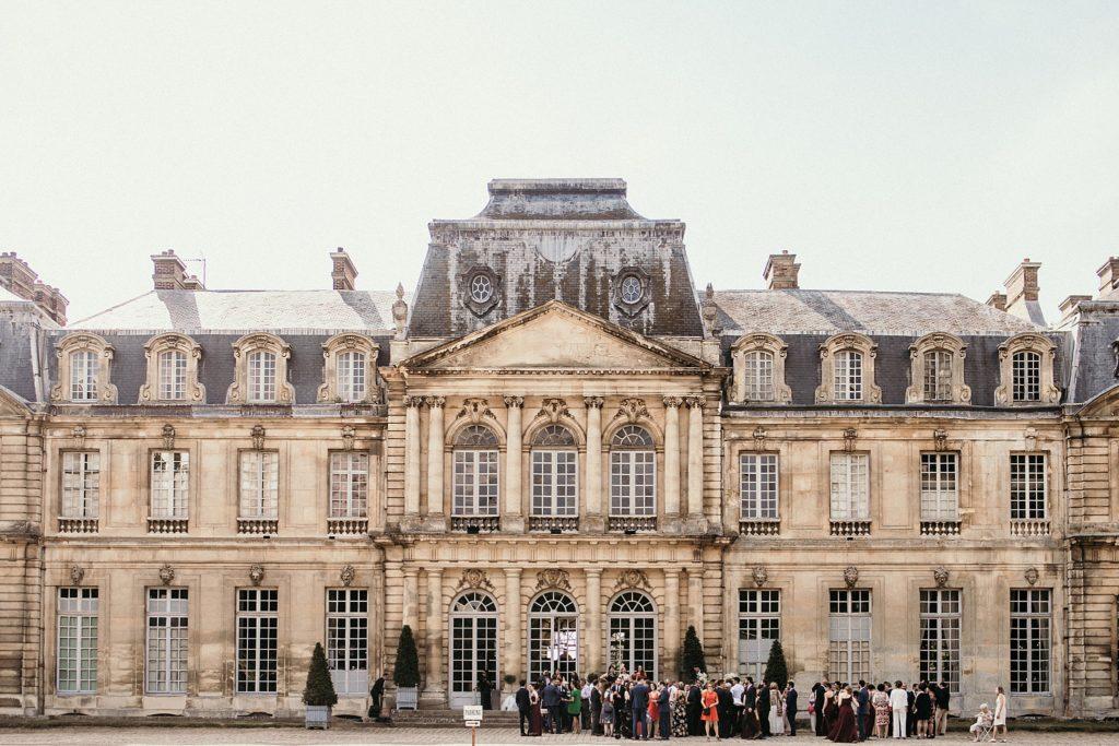 Église Sainte-Geneviève de Gouvieux cocktail devant chateau