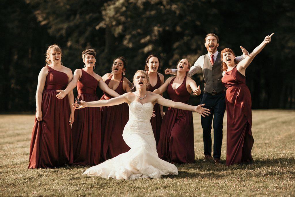 Mariage à Champlâtreux photo des demoiselles d'honneur fun