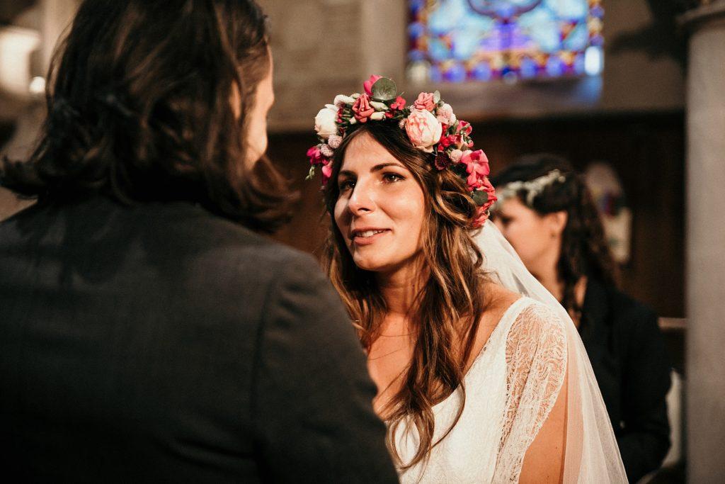 Mariage Ferme Armenon emotions de la mariée a l'eglise