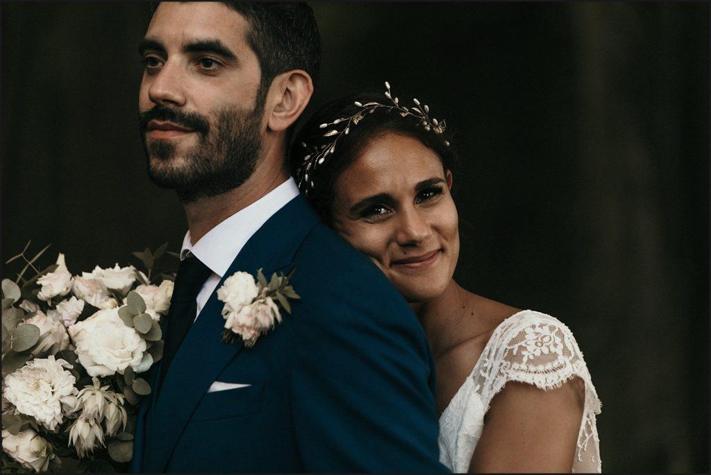Mariage à Verderonne photo des mariés dans forêt