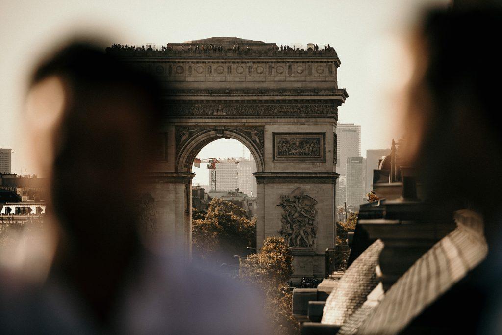 Mariage Rooftop Paris photographe mariage paris arc triomphe