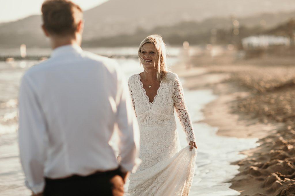 Un mariage à la plage first look à la plage gigaro