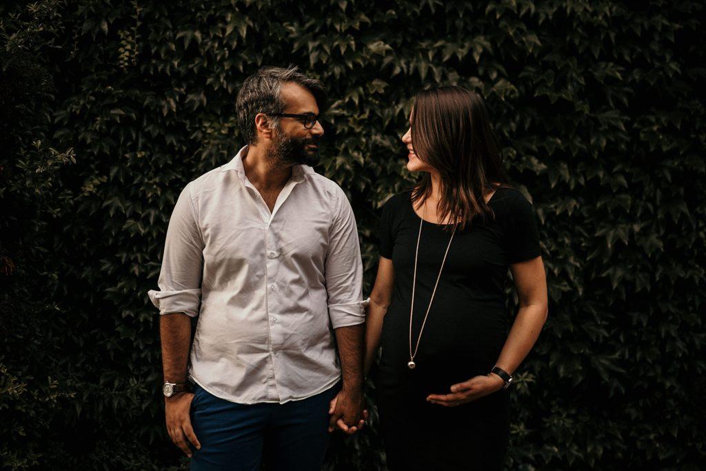 Une séance photo grossesse à Montmartre séance photo grossesse paris