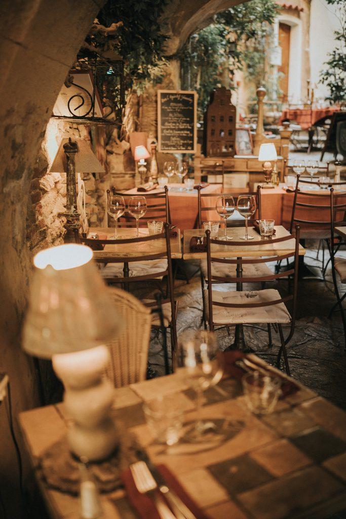 mariage bormes mimosas lou portaou restaurant