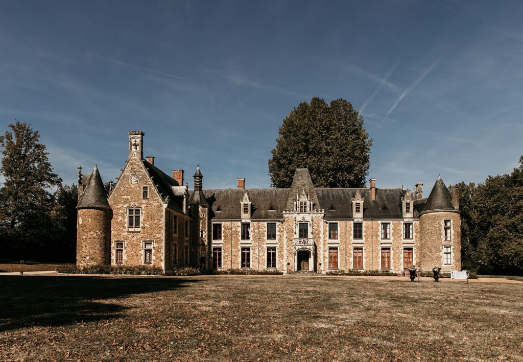 Lieux de mariage autour de Paris château cheronne face