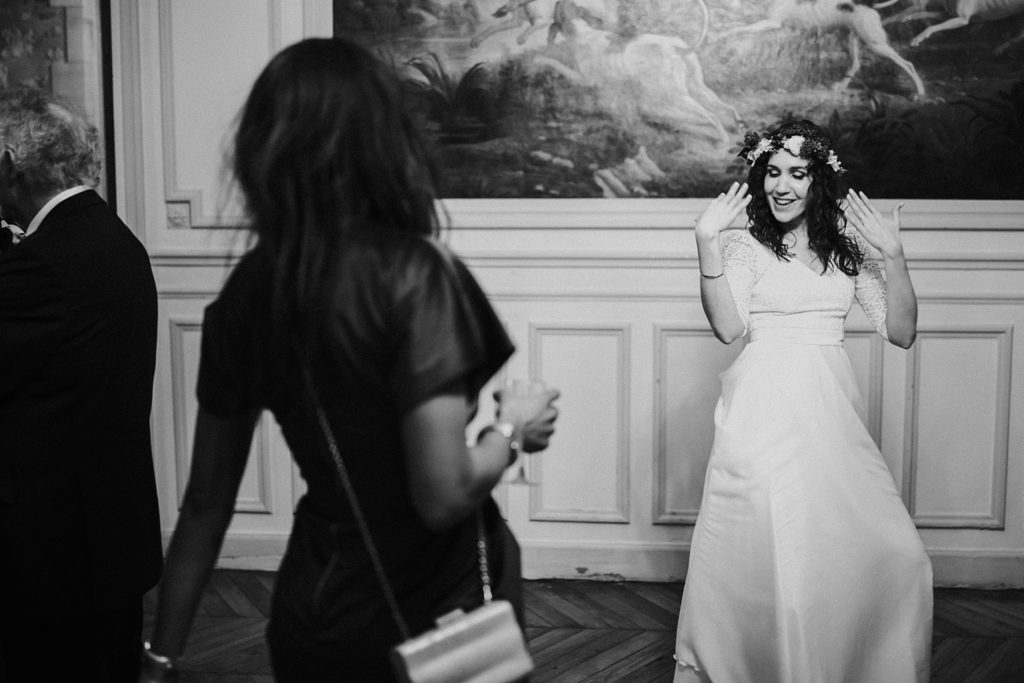 Se marier en hiver mariée danse