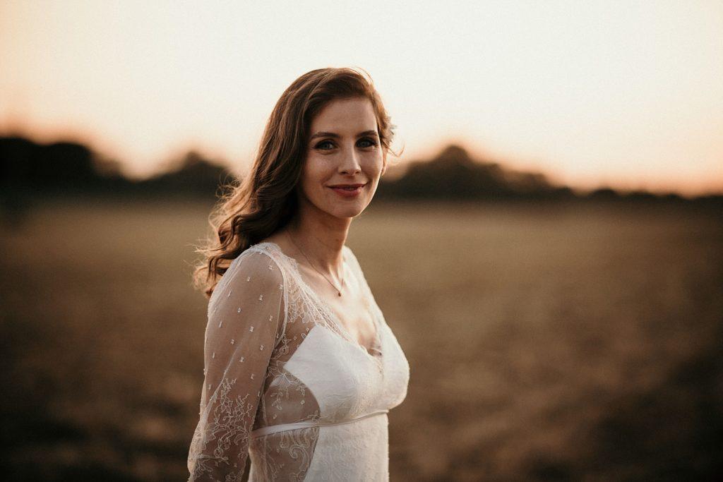 Cérémonie en extérieur robe de mariage Stéphanie Wolff