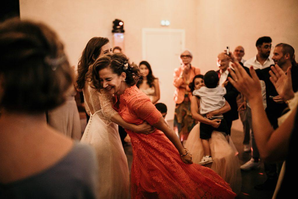 Cérémonie en extérieur danse mariage