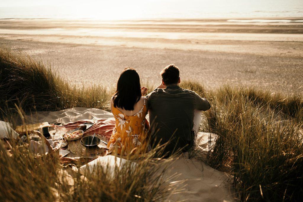 Séance photo à la plage pic nique dans les dunes